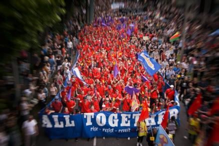 Demo: Grenzenlose Solidarität